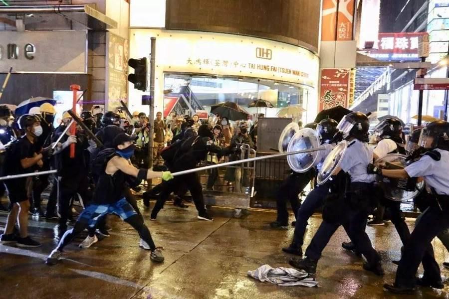 美眾院外委會要求北京,允許港府回應抗議民眾的訴求。(新華社)