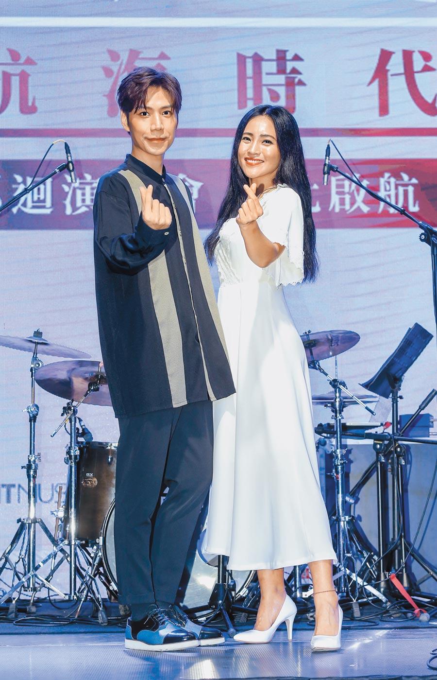 潘裕文(左)跟文珽逅因為之前跑宣傳,兩人變成好朋友。(盧禕祺攝)