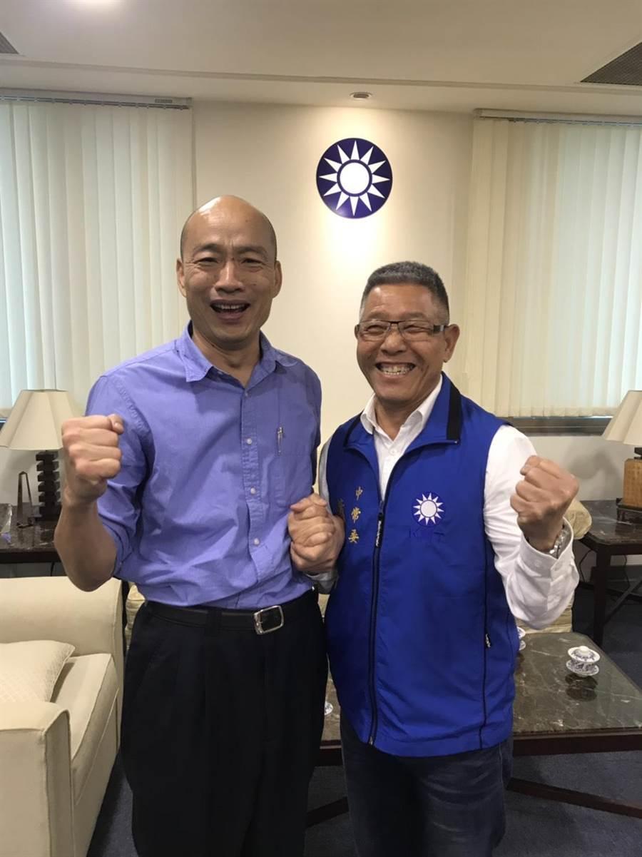 蕭景田(右)與韓國瑜同樣有農會系統背景,兩人相識10多年、交情深厚,從韓國瑜選高雄市長到成為總統參選人,蕭一路力挺。(蕭景田服務處提供/謝瓊雲彰化傳真)