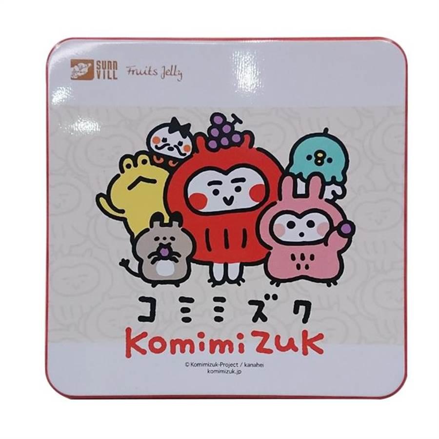 Global Mall推出花果椿妝「無酒精葡萄酒凍」,搭配畫家卡娜赫拉獨家限定版「komimizuk短耳貓頭鷹」禮盒,定價299元,8日前以APP訂購享預購價280元。(Global Mall提供)