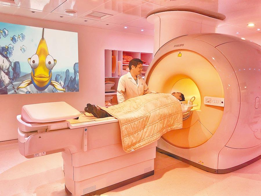 最新3.0T MRI核磁共振掃描儀。(新光醫院提供)