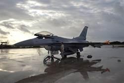 戰機不怕雨滴了 座艙鍍有超疏水層