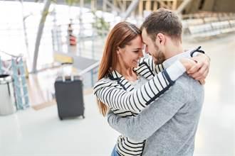 買機票不登機 男陪妻到登機門遭逮
