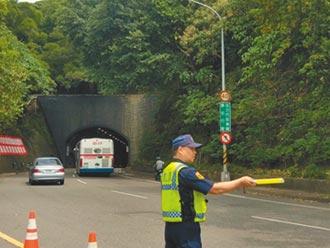 自強隧道區間測速 首日376違規
