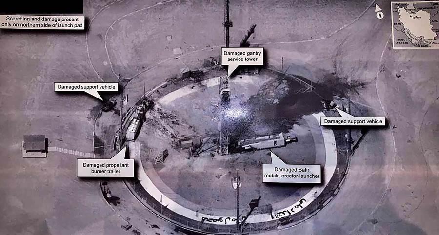 美國總統川普8月30日推文,公開機密偵察衛星所拍攝,有關伊朗伊瑪目霍梅尼太空中心(Imam Khomeini space Center)火箭29日爆炸後的影像。(美聯社)