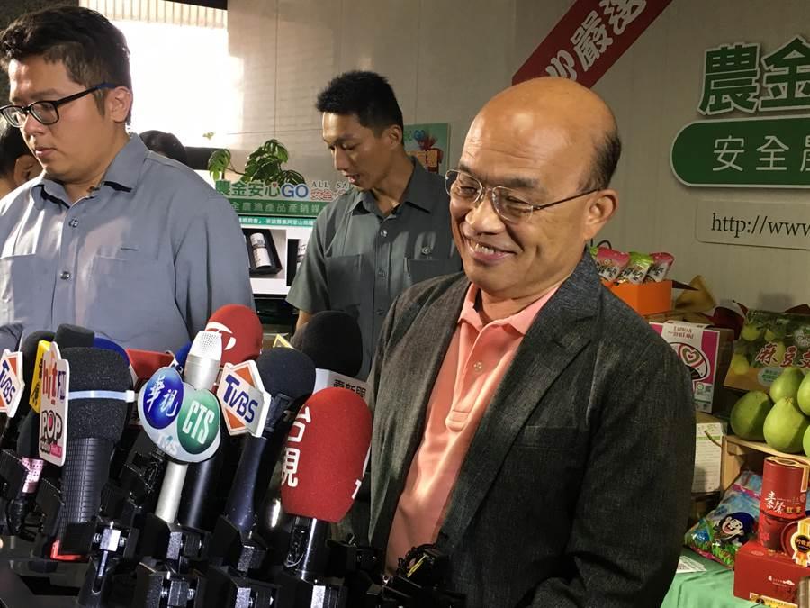 行政院長蘇貞昌批郭台銘,不要「選舉才外行講內行話」。(游昇俯攝)