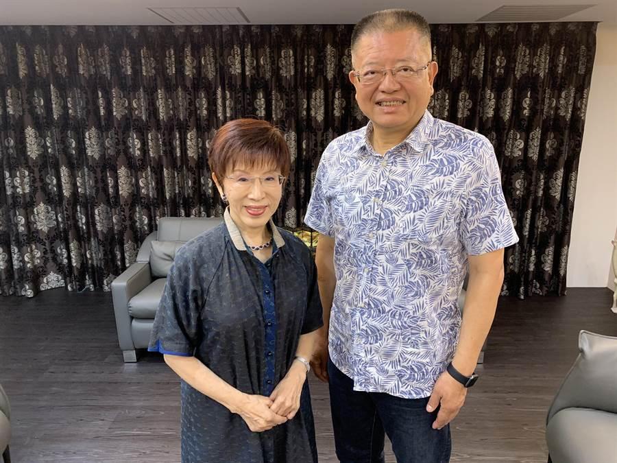 國民黨明天將提名洪秀柱參選台南市立委;右為前立委陳杰。(陳杰提供)