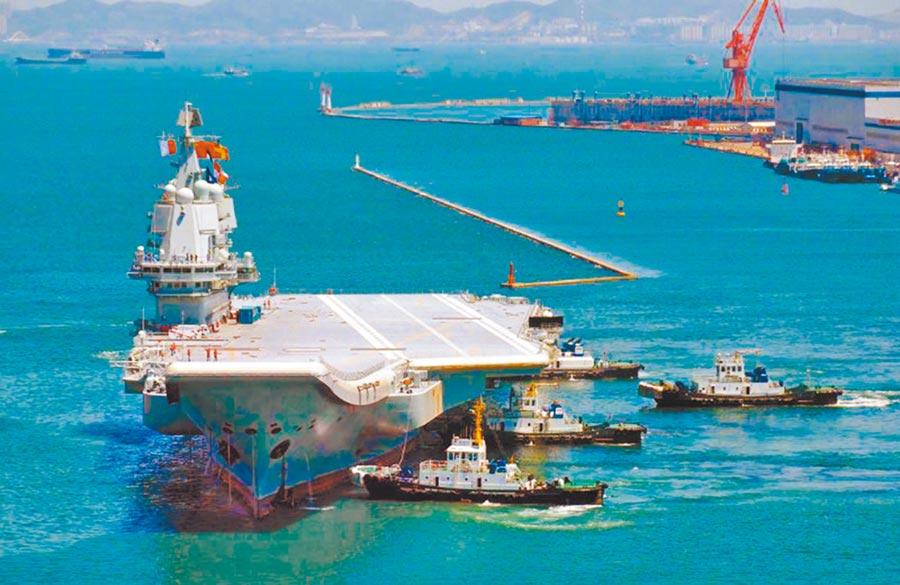 5月18日,大陸首艘國產航母完成首次海上試驗任務。(海峽之聲提供)