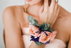 姐婚禮要妹隨便穿 她這套驚豔全場