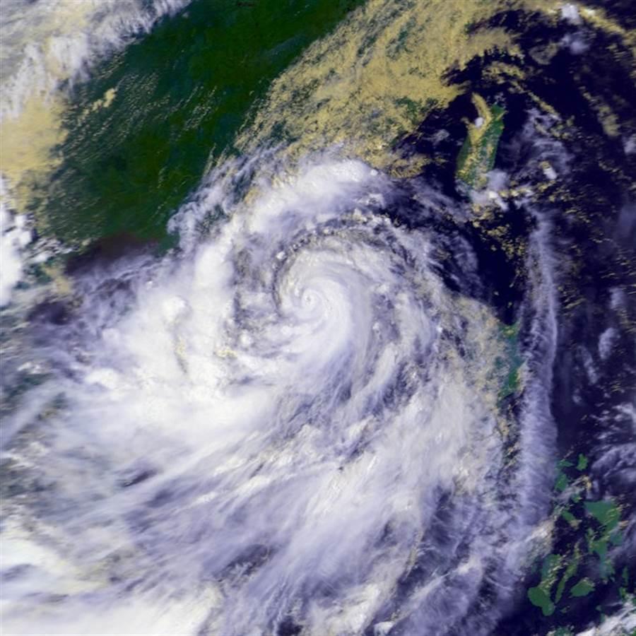 圖為颱風韋恩。(翻攝自 維基百科)