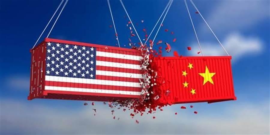 中美貿易戰越演越烈,川普先前曾在推特發文,要求美國企業撤離中國大陸。(圖/達志影像)