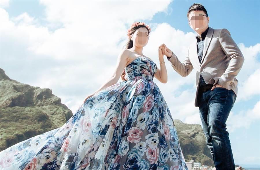 台灣男大方分享跟越南籍老婆的甜蜜婚紗照。(圖/取自PTT)
