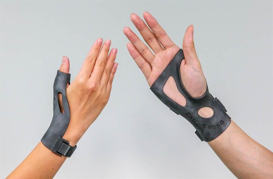 工研院建置「3D列印設計服務共創平台」,專屬設計的輔護具更加貼近患者需求。(工研院提供/羅浚濱新竹傳真)