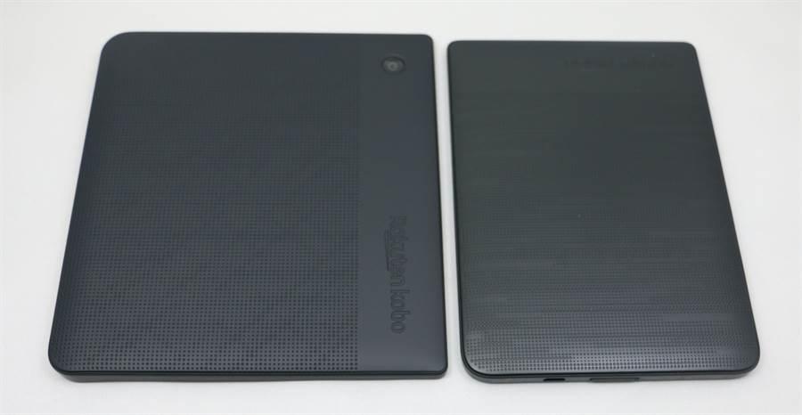 樂天Kobo Libra H2O(左)對比Kobo clara HD(機身背面)。(黃慧雯攝)