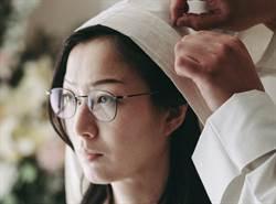 鄭秀文和姊妹「抱一起痛哭」  來台坦言:進錄音間仍止不住淚