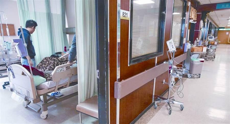 前後罹患乳癌及大腸癌,張媽媽堅持不插管、不電擊,選在安寧病房,安詳離世。