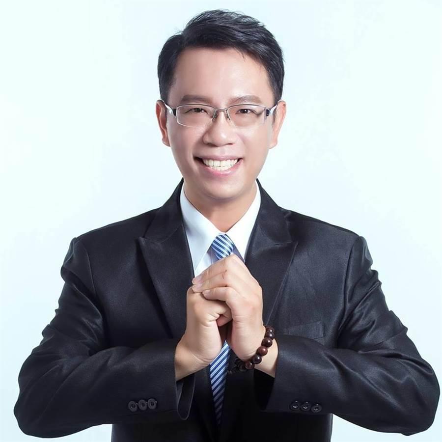 李奕德將遞補嘉義市東區議員。(摘自李奕德臉書)