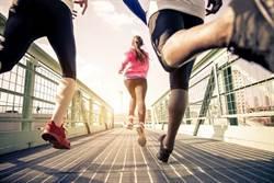慢跑族注意!新研究:空污增加黃斑部病變
