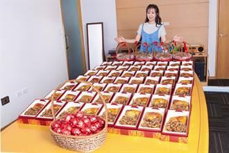 鄭茵聲「孩子」滿月 贈百份雞腿油飯配紅蛋致謝貴人