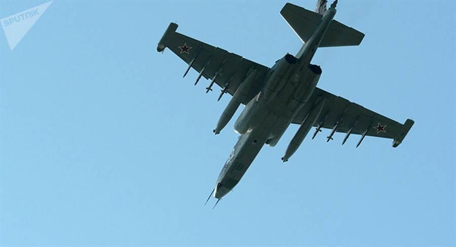 前蘇聯時期設計製造的蘇-25攻擊機在阿富汗戰爭中表現出色。(圖/衛星通訊社)