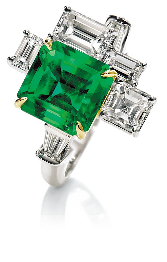 海瑞温斯顿以纽约中央公园为灵感的Central Park祖母绿戒指。(Harry Winston提供)