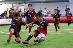新北幼兒園盃迷你足賽 闔家玩足球