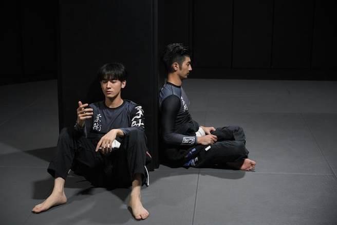 小樂(左)和言明澔。