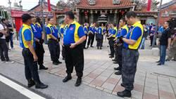 韓國瑜參拜先嗇宮 志工自組「護衛隊」迎接