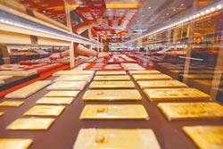 全球央行搶黃金 陸連9月增持