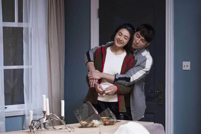 曾珮瑜與溫昇豪在後半段飾演情侶。公視提供