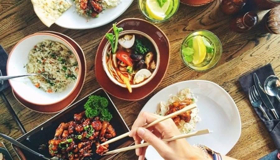 改變飲食順序,吃得滿足又能變瘦變健康。(圖/pixabay)