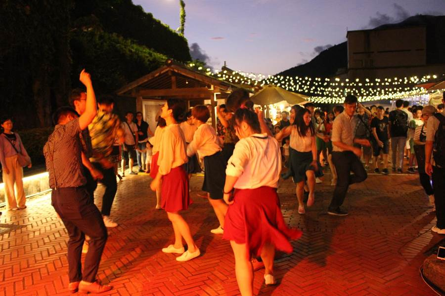 黃金博物館金夜太美活動,是博物館15年來首度夜間體驗活動。(黃金博物館提供)