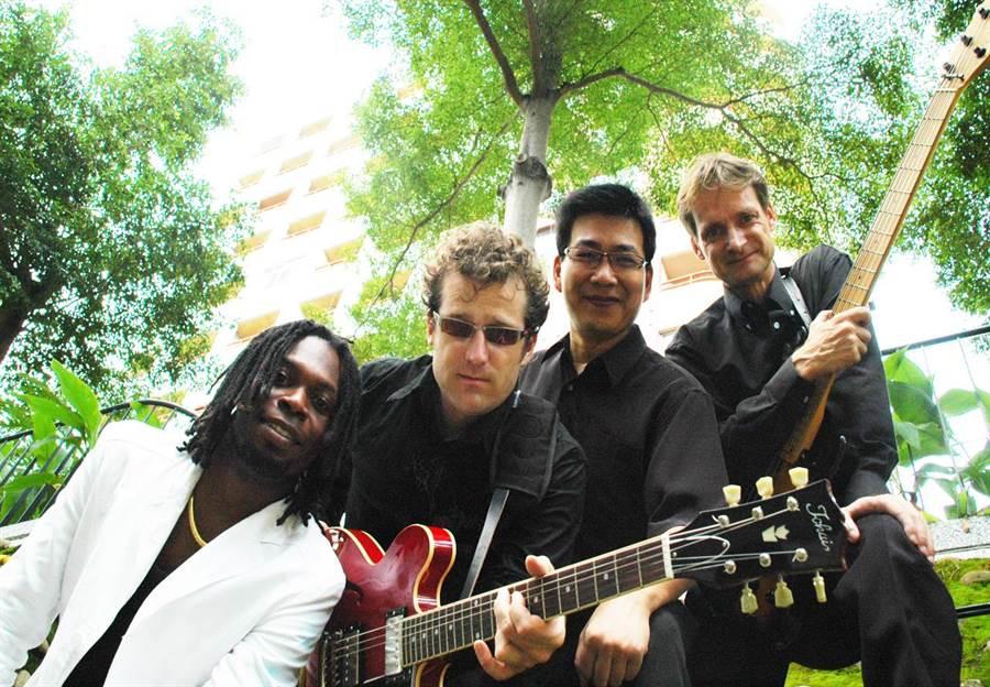 Wailing Soul雷鬼樂團成員來自法國、加拿大、美國、非洲。(葫蘆墩文化中心提供/陳淑娥台中傳真)