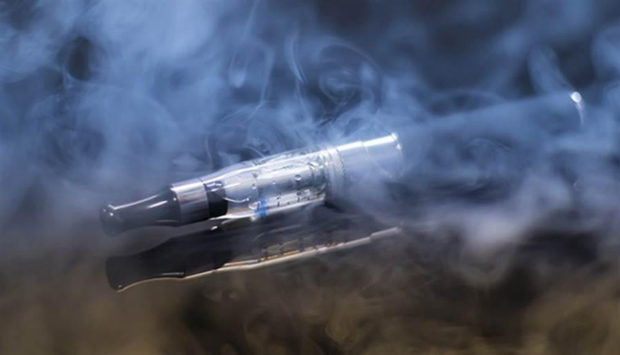 電子「菸」究竟該用菸還是煙?(圖片來源:pixabay)