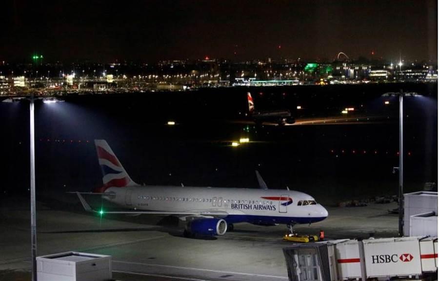英國航空公司飛行員發動為期兩天大罷工,幾乎所有航班都被取消。英航損失慘重!首相強森也頭大!(路透)