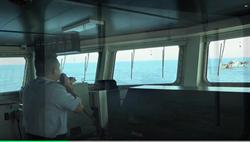 海巡水砲痛擊陸船 化身萬里蟹御守