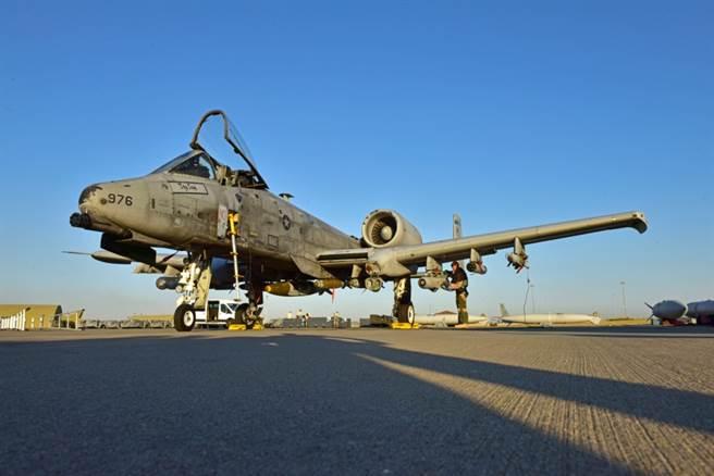 A-10更換機翼後,航電射控也持續改進。(圖/美國空軍)