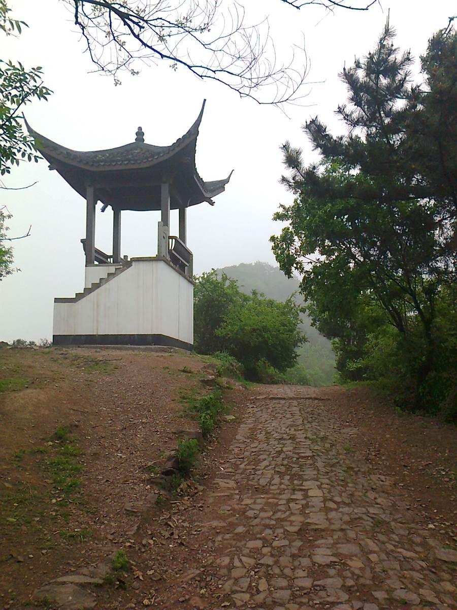 杭州十里琅璫遊步道。(作者提供)