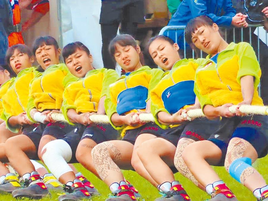 「中華台北-景美師大」女子拔河聯隊參加2019歐洲盃室外拔河錦標賽,勇奪5金4銀1銅佳績 。(台北市教育局提供/吳堂靖台北傳真)