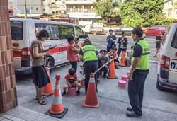 竹縣消防獲績優救護人員團體金質獎