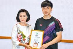 林昀儒捐20萬 贊助宜蘭免費午餐
