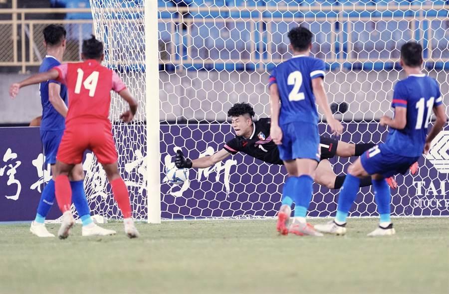 中華隊在第63分鐘被尼泊爾攻入第2球。(中華足協提供)