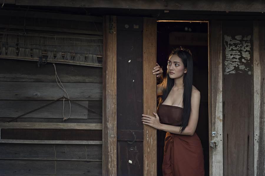 韓國女大生看房遇令人毛骨悚然的狀況。(達志影像/shutterstock提供)