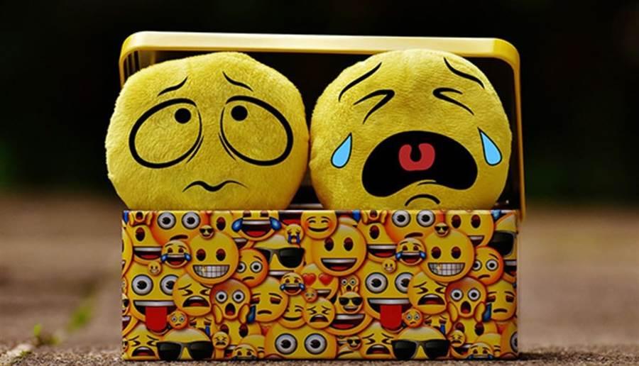 2008年美國南佛羅里達大學(University of South Florida)的研究也認為,哭泣對於振奮情緒的功效,比抗憂鬱藥物還好。(圖/pixabay)
