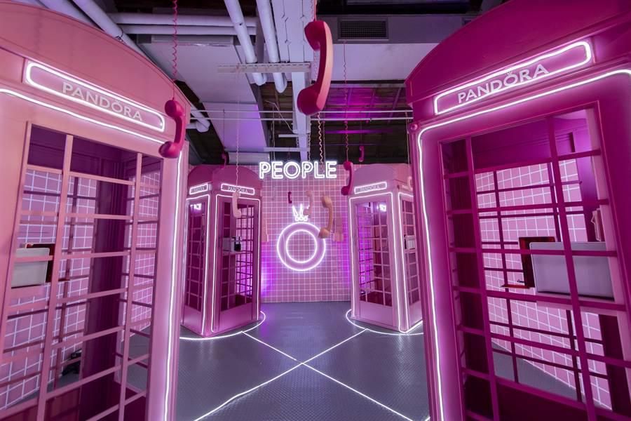 PANDORA在華山文創園區打造「#WhatDoYouLove」體驗展,是網美的熱門打卡點。(PANDORA提供)