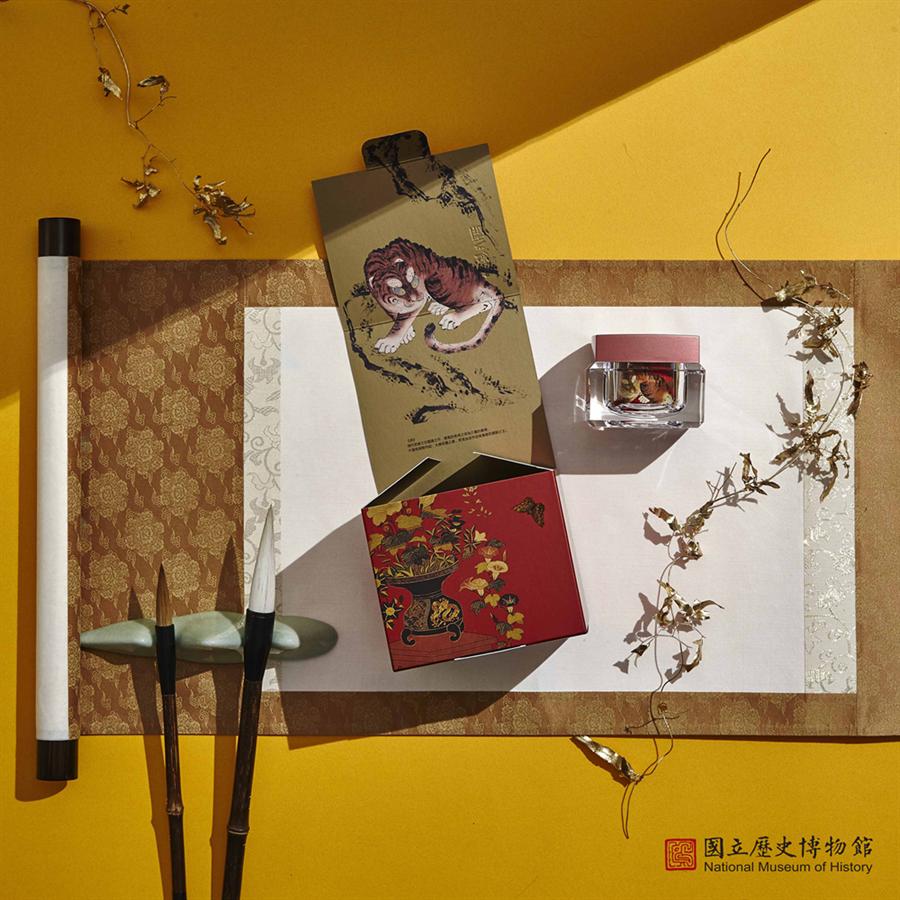 史博館透過圖像授權與「京城之霜」雙品牌合作。(史博館提供/李怡芸台北傳真)