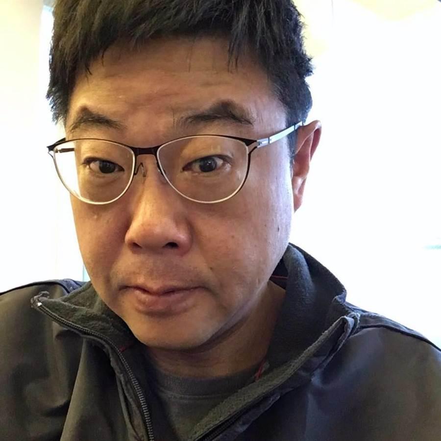胡幼偉稱韓國瑜是沒壞心眼的漢子。(胡幼偉臉書擷圖)