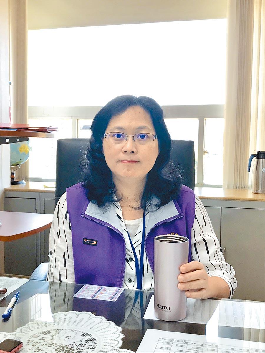 台北市勞動局長賴香伶對擔任台灣民眾黨不分區意願非常低,她表示盼做好做滿局長工作。(張潼攝)