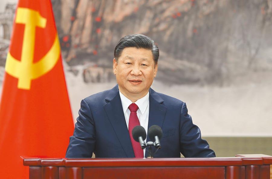 2017年10月25日,中共中央總書記習近平在十九大發表重要講話。(新華社)