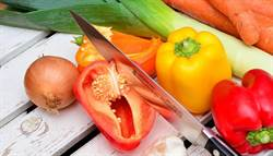 烤肉怕農藥吃下肚 專家:洗青菜這歩驟不能少